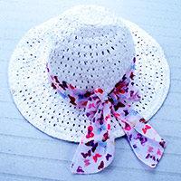 Sombrero de playa con pañuelo