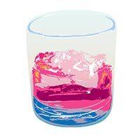 Un vaso de whisky con hielo