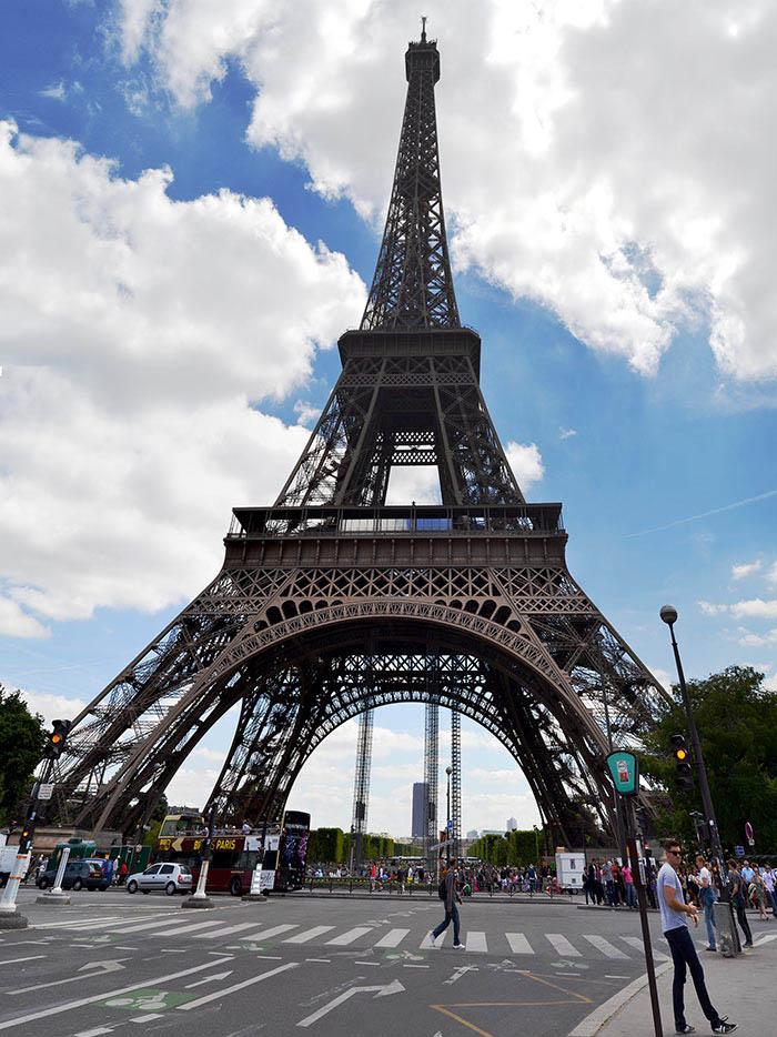 Ilustración gratis - La torre Eiffel de París